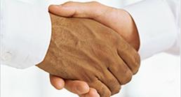 Entièrement sans frais d'installation ni de location, devenez partenaire et offrez un service de qualité à votre clientèle tout en profitant du revenu généré par le volet recharge et ce dès l'installation.